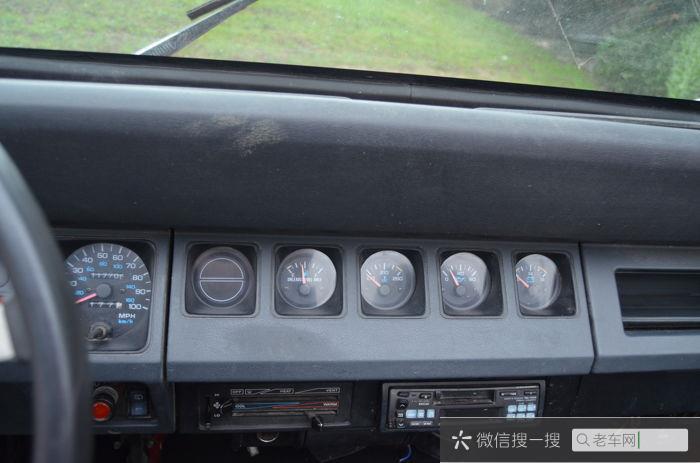 Jeep - Wrangler YJ - 1992276 作者:老爷车