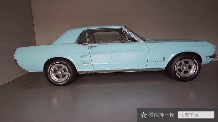 Ford - Mustang 302 V8 - 1967978 作者:老爷车