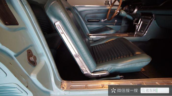 Ford - Mustang 302 V8 - 1967944 作者:老爷车