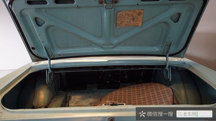 Ford - Mustang 302 V8 - 196785 作者:老爷车