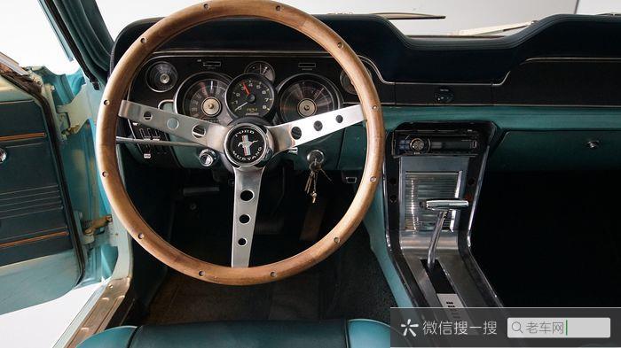 Ford - Mustang 302 V8 - 1967139 作者:老爷车
