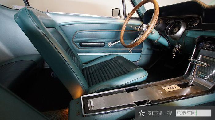 Ford - Mustang 302 V8 - 1967735 作者:老爷车