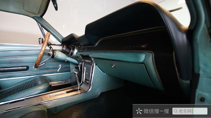 Ford - Mustang 302 V8 - 1967344 作者:老爷车
