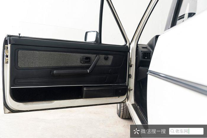 Volkswagen - Golf Karmann Cabrio  - 198442 作者:老爷车