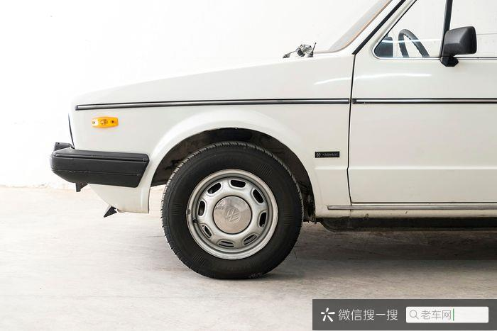 Volkswagen - Golf Karmann Cabrio  - 1984595 作者:老爷车