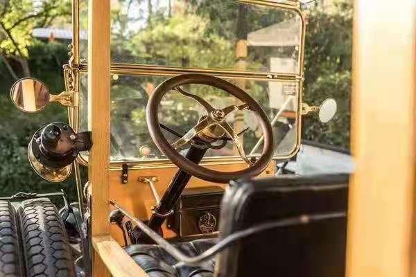 """老爷车 古董车 影视剧用车 摄影 1918年福特""""T""""型木制小客车198 作者:F2大森古典车"""