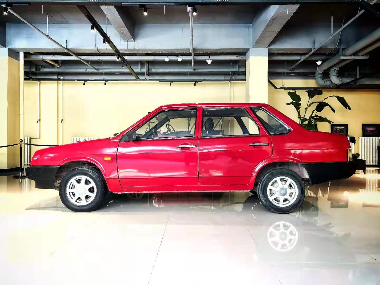 经典车 2001年拉达尼瓦 一代见证历史记忆的经典车912 作者:F2大森古典车